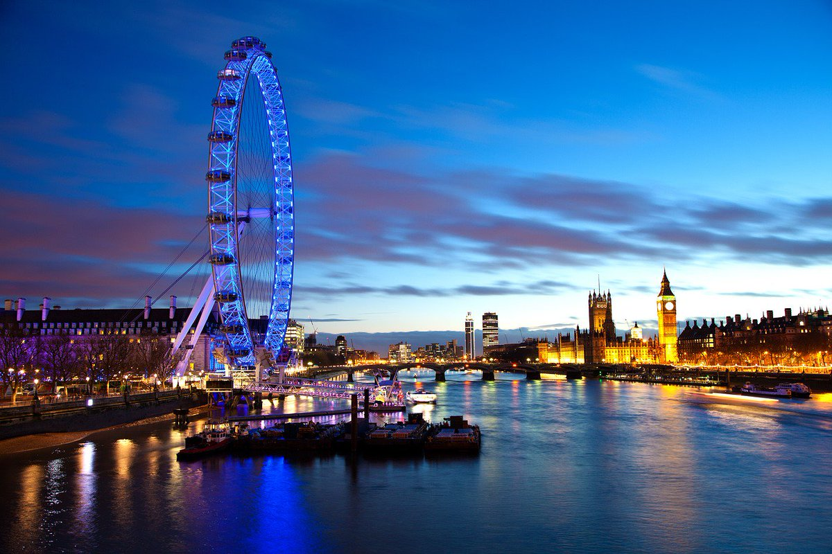 @CCS_multipoint is providing #backhaul for the #CocaCola #London Eye's new #WiFi service  http:// bit.ly/LondonEyesWiFi  &nbsp;  <br>http://pic.twitter.com/KYN0dVGnAU