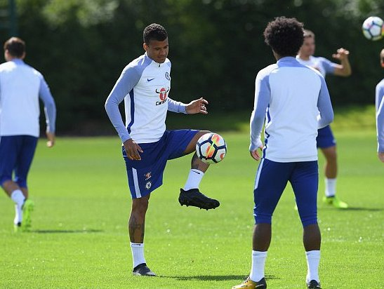 Chelsea youngster Kenedy bound for Newcastle... but Michy Batshuayi lo...
