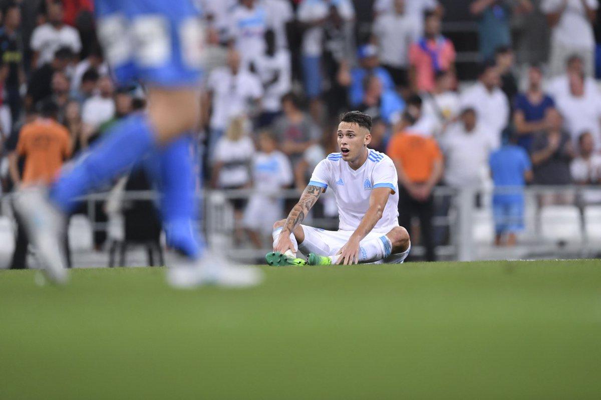 55' La talonnade de Morgan #Sanson pour Lucas #Ocampos   Mais la frappe de l'Argentin passe à côté...  #OMSCO -pic.twitter.com/akarEtaTrw