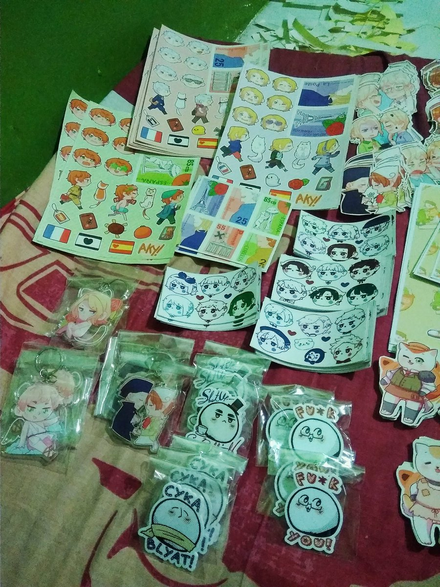 Stuff I&#39;ll sell  It&#39;s 85% done  Meet me at booth K-37 #comifuro9 #cf9 <br>http://pic.twitter.com/yBXZXqMWPZ