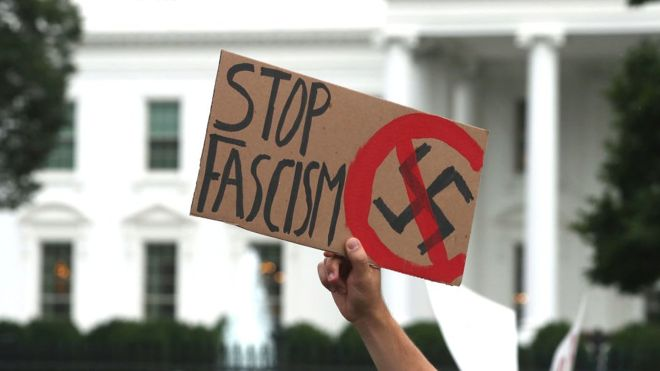 #Google's stance on neo-Nazis 'dangerous', says EFF pic.twitter.com/sg9cyQdpfy
