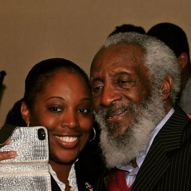 The day @IAmDickGregory called me to the front of the room in #Boston to serve as his reader &amp; assistant. Thank You #Educator #CivilRights<br>http://pic.twitter.com/y3HpEsQKmO