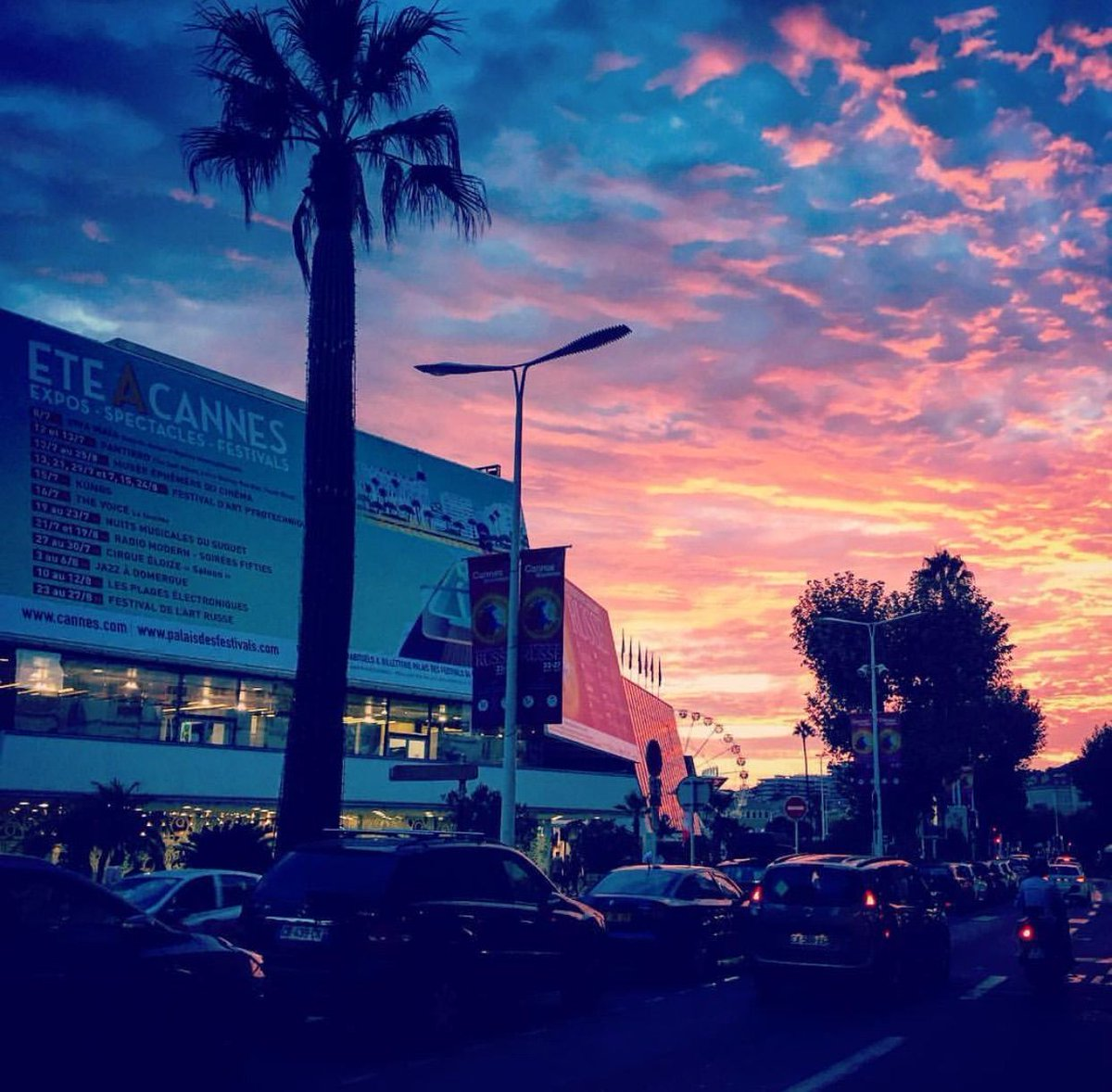 Summer sunset at the Palais !  #Cannes #CotedAzurFrance   stephji<br>http://pic.twitter.com/BoaTbkmU7R