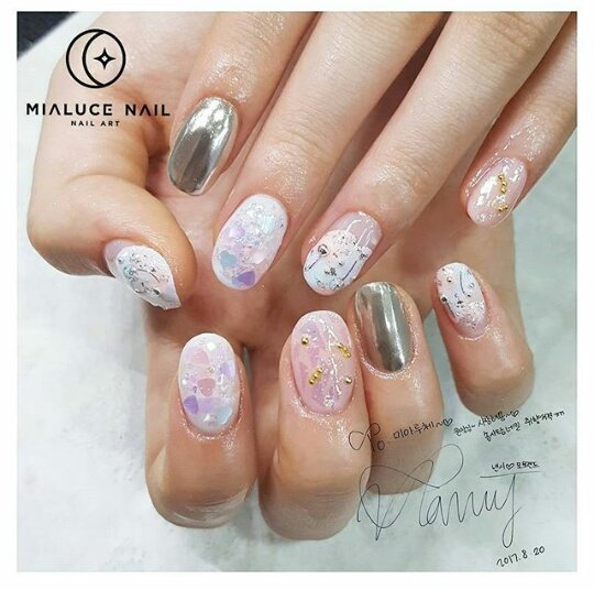 170820 Mialuce_nail update Nancy MOMOLAND is Nail Art for Comeback Freeze  #Nancy #MOMOLAND #모모랜드 #낸시 #Freeze #NailArt<br>http://pic.twitter.com/xdgheihfWP