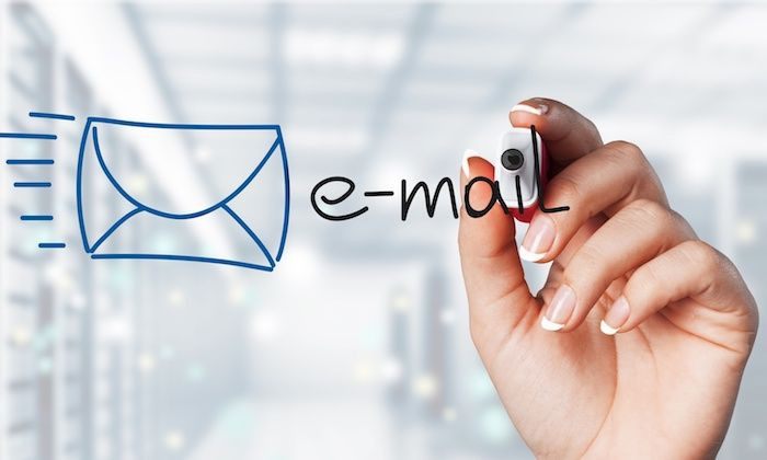 22 Easy Hacks That Tripled My Email Optins in Less Than One Month  http:// snip.ly/01ole  &nbsp;   #GrowthHacks #GrowthHacking #GrowthMarketers<br>http://pic.twitter.com/M6DlXMScdq