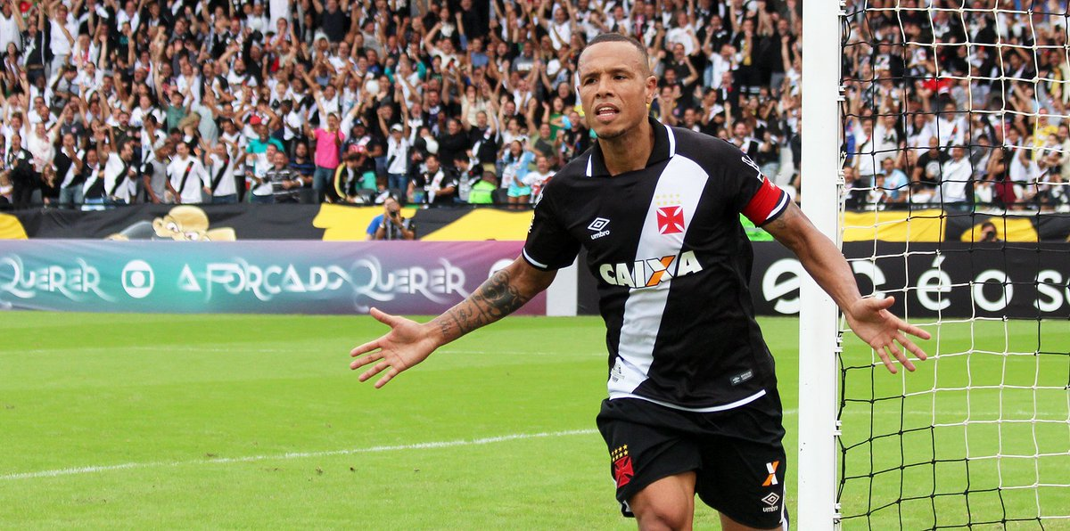 Hoje, às 16h, o Vasco encara o Bahia na Arena Fonte Nova com o objetivo de retomar o caminho das vitórias! https://t.co/bJdAfHtmrE
