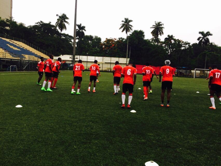 @SKNFA_ train at Cooperage Football Stadium ahead of their clash against #Mauritius  @IndianFootball @AUThackeray #Footballtakesover https://t.co/4MDMoXBzjM