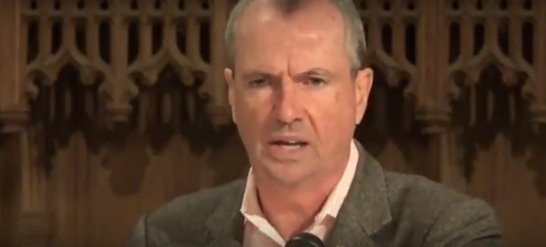 Murphy says he'll only tax the rich. History tells a different story.  https:// savejersey.com/2017/08/phil-m urphy-democrat-governor-new-jersey-property-taxes/ &nbsp; …  #NewJersey #Election2017 #DemocratsVSHistory<br>http://pic.twitter.com/nE1IN5qpkf