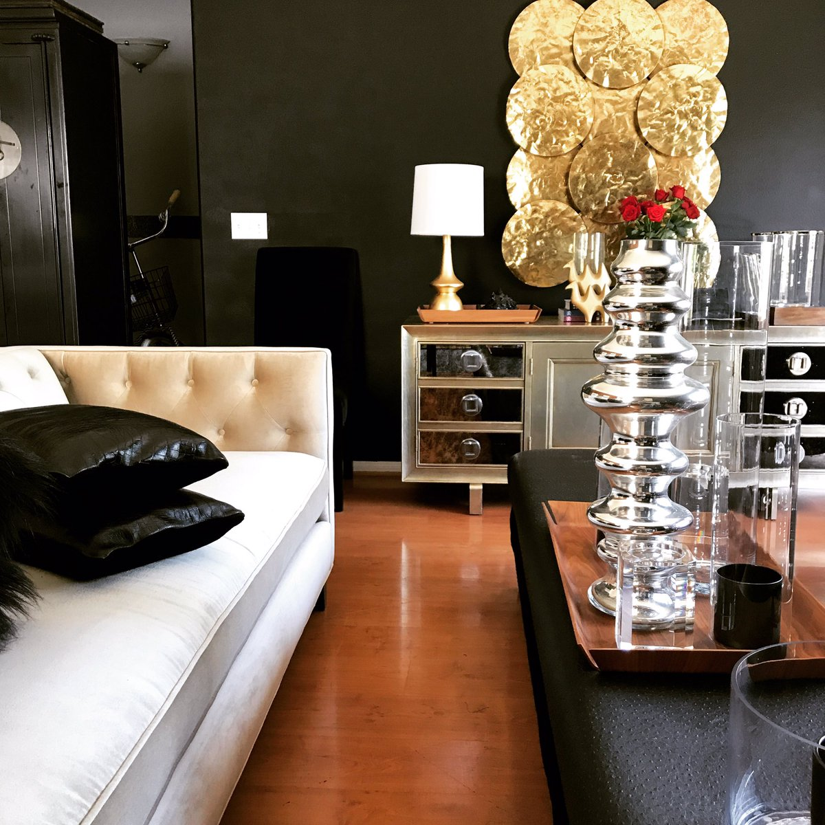 BU Designs  Do you like your accessories.. ON or OFF? Just like your clothes, your furniture needs accessories too.  #budesigns #accessories <br>http://pic.twitter.com/yHEkBc8jmI