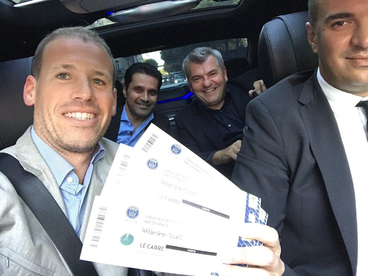 jour de match  @PSG_inside #parcdesprinces  Thanks @AlAttiyahN<br>http://pic.twitter.com/9EtrPq502O