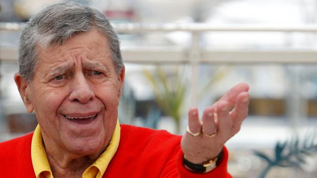 🔴#ÚLTIMAHORA Muere el actor Jerry Lewis a los 91 años https://t.co/ODR...