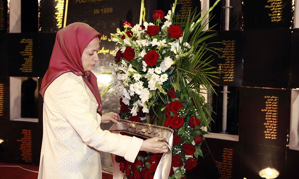 Maryam Rajavi On Twitter Laying Flowers At The Monument In Memory