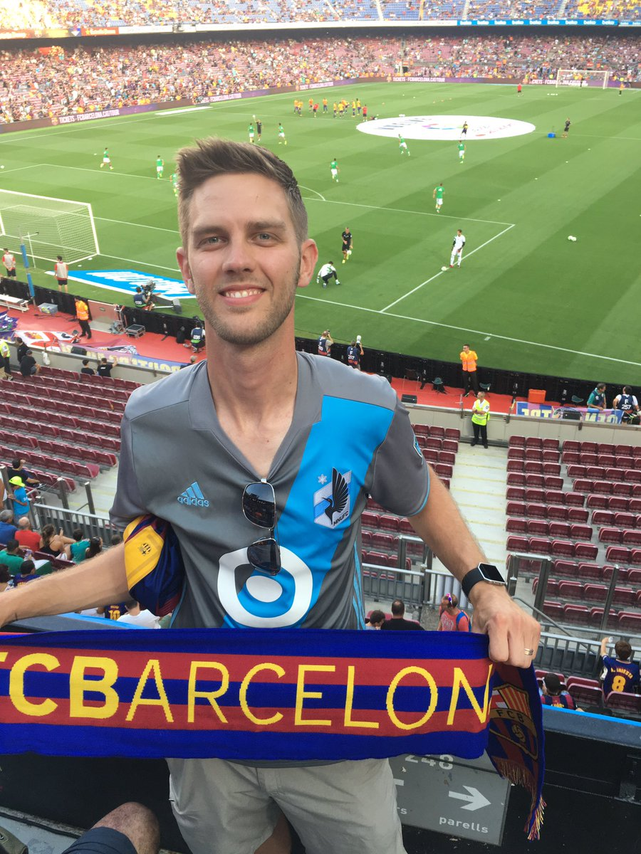 Wore it in Madrid, figured I should wear it at Camp Nou for a Barça game since it&#39;s GAMEDAY! Go @MNUFC and Go #Barça #MNUFC<br>http://pic.twitter.com/Y19C8AMEox