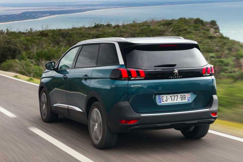 Interested in the #Peugeot 5008? See what WHATCAR? had to say about the model&gt;  https:// goo.gl/DYMk24  &nbsp;    (Image, review credit: WHATCAR?)<br>http://pic.twitter.com/NsMOkqAvSO