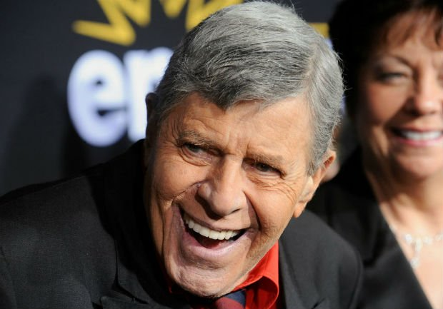 Ator e comediante Jerry Lewis morre aos 91 anos https://t.co/4njvPKWiX7