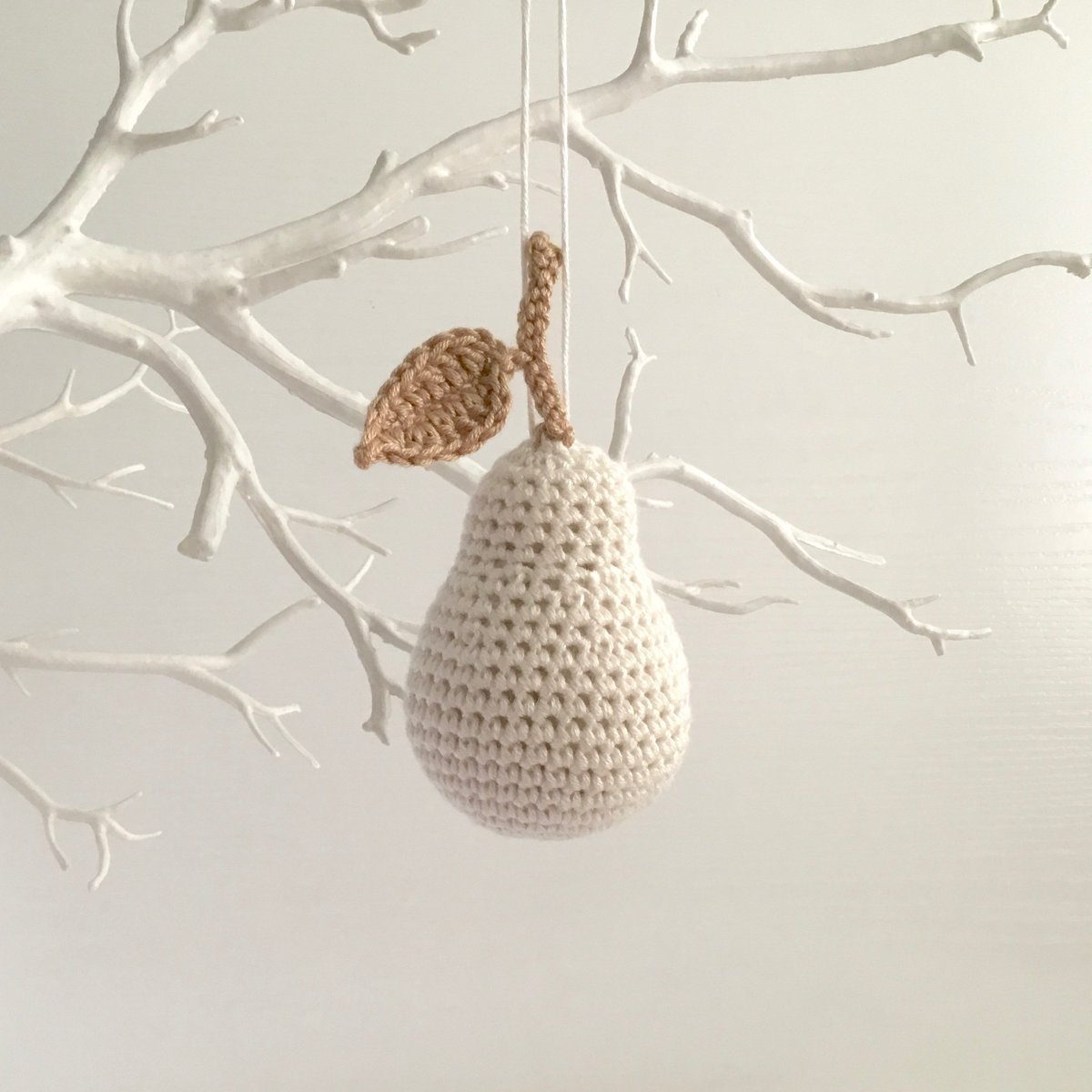 Ornaments for the changing seasons. Handmade in my #home, for your #home. #Crafthour  http://www. littleconkers.etsy.com  &nbsp;  <br>http://pic.twitter.com/wRbWgfoaMF