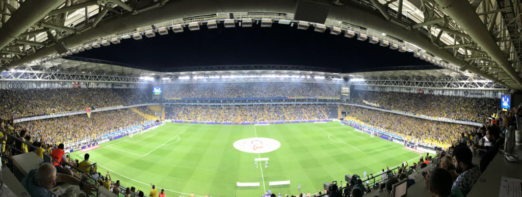 Fenerbahçe taraftarı maça hazır https://...