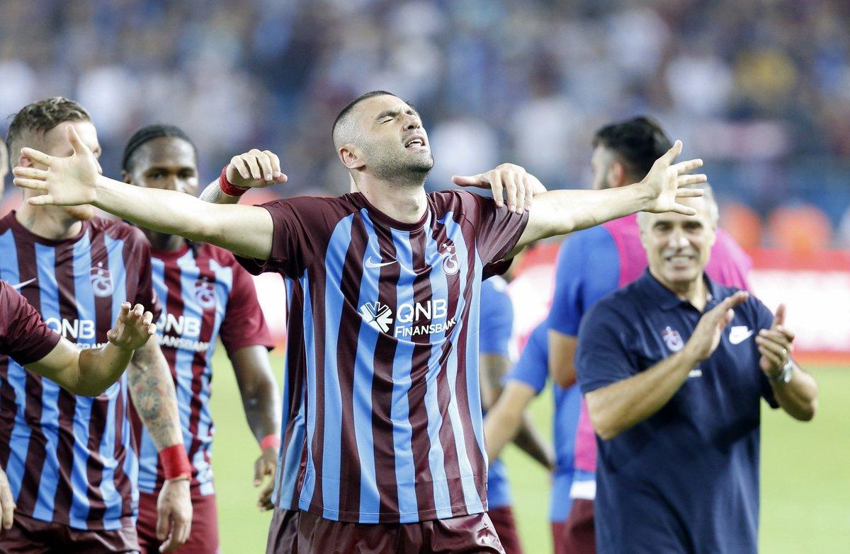 61 - Burak Yılmaz Trabzonspor formasıyla tüm kupalardaki 95. maçında 6...