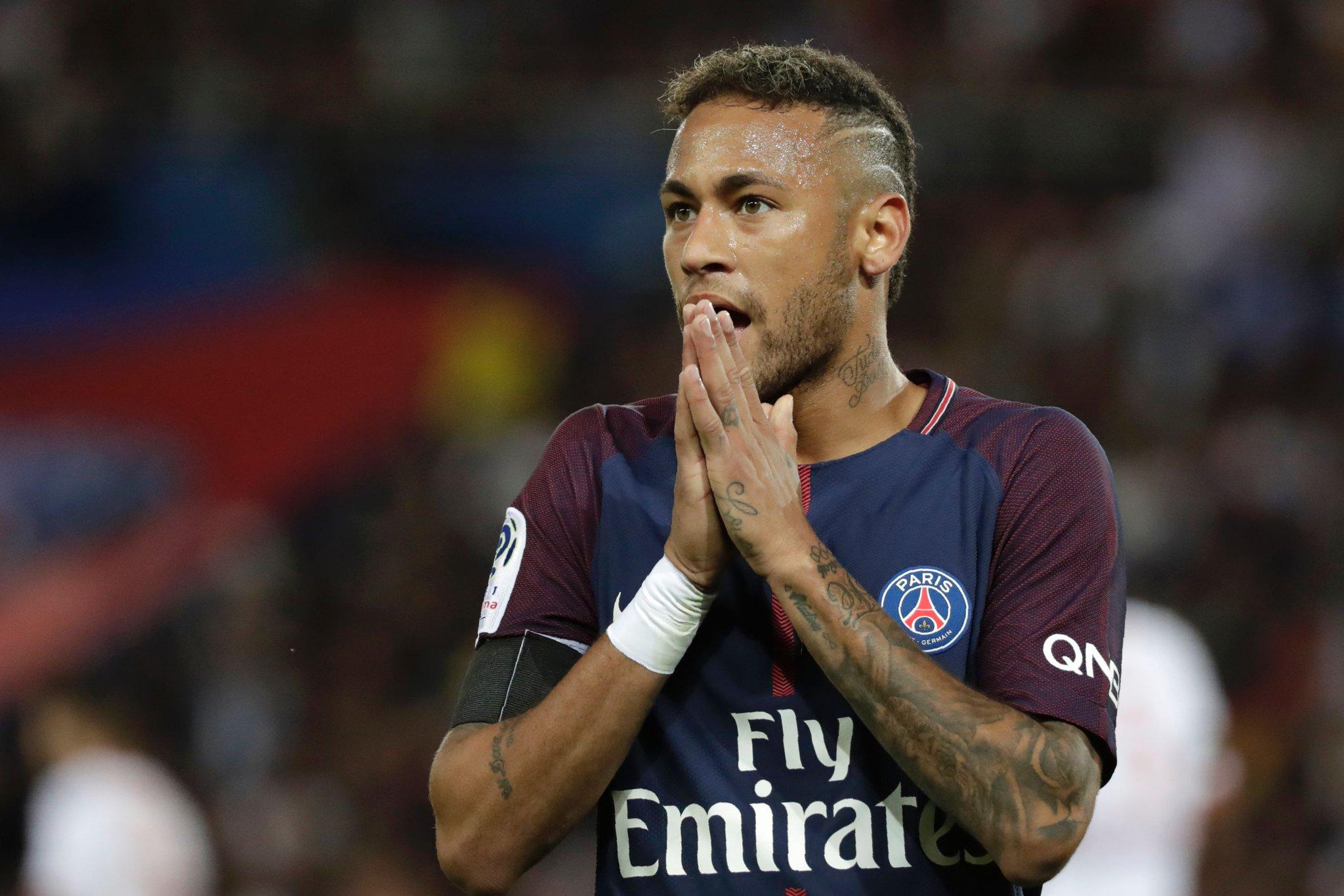 نيمار يسجل الهدف الأول لباريس في شباك تولوز