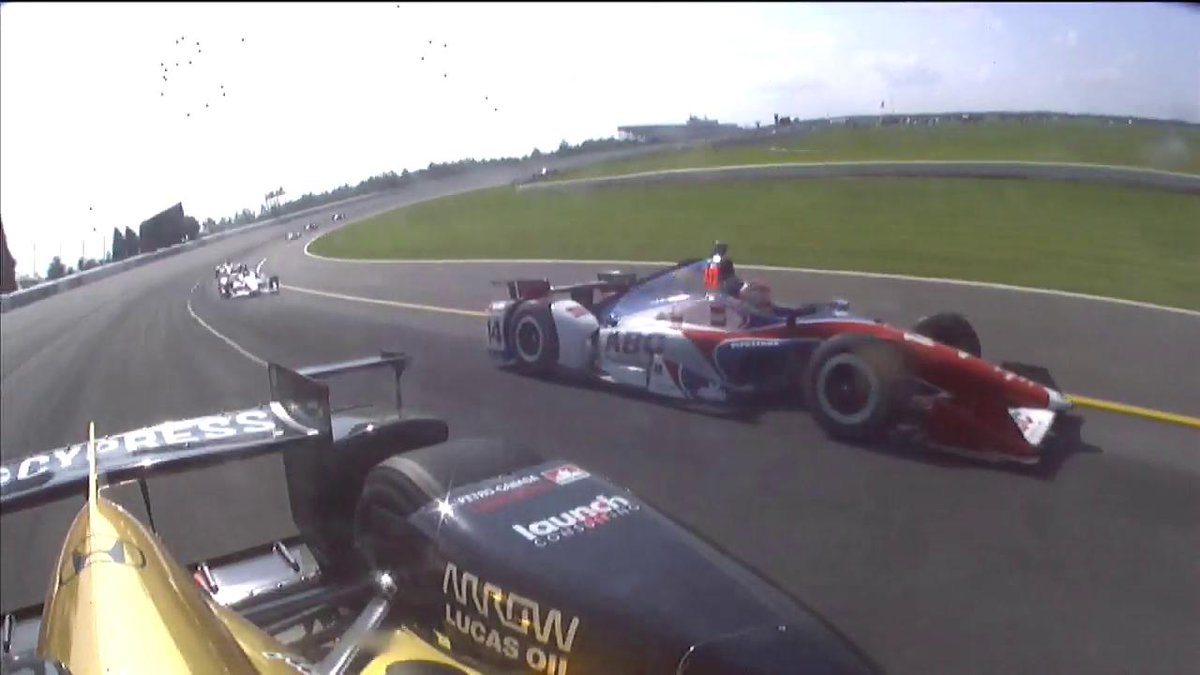 Wow, @Hinchtown... just wow.  WHAT A SAVE!  #INDYCAR #ABCSupply500 htt...