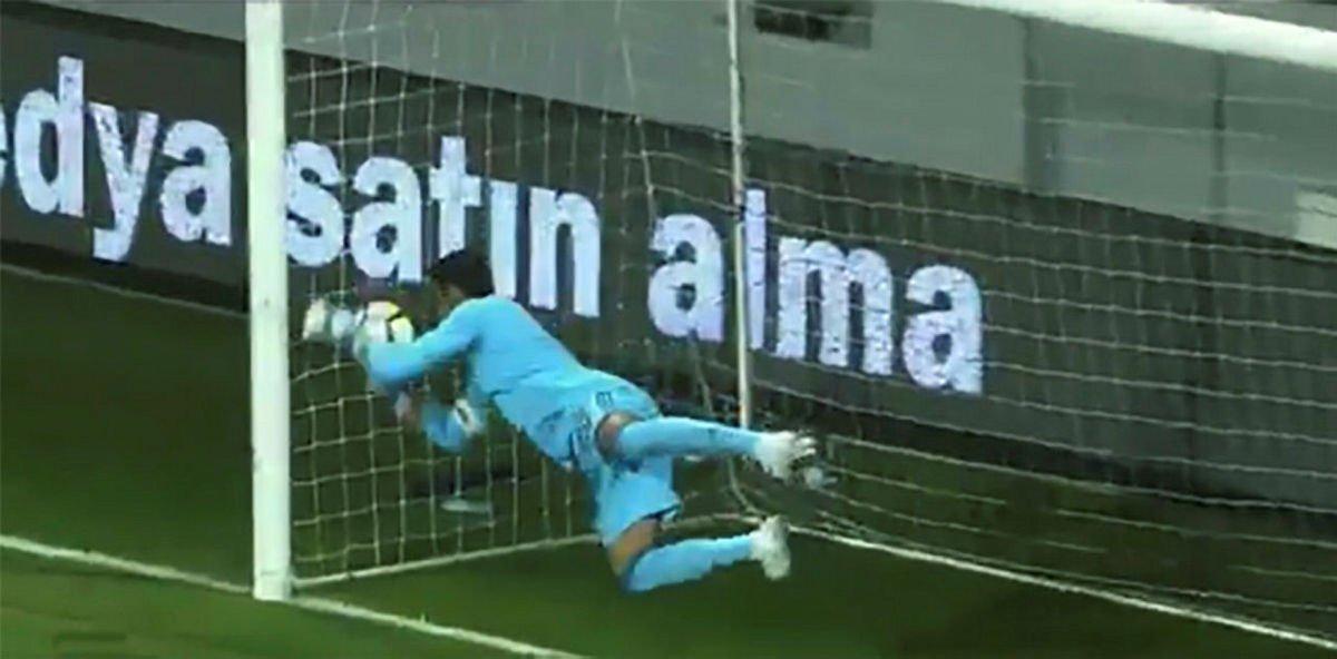 Volkan Demirel, Göztepe maçında yediği golün aynısını Trabzonspor maçı...