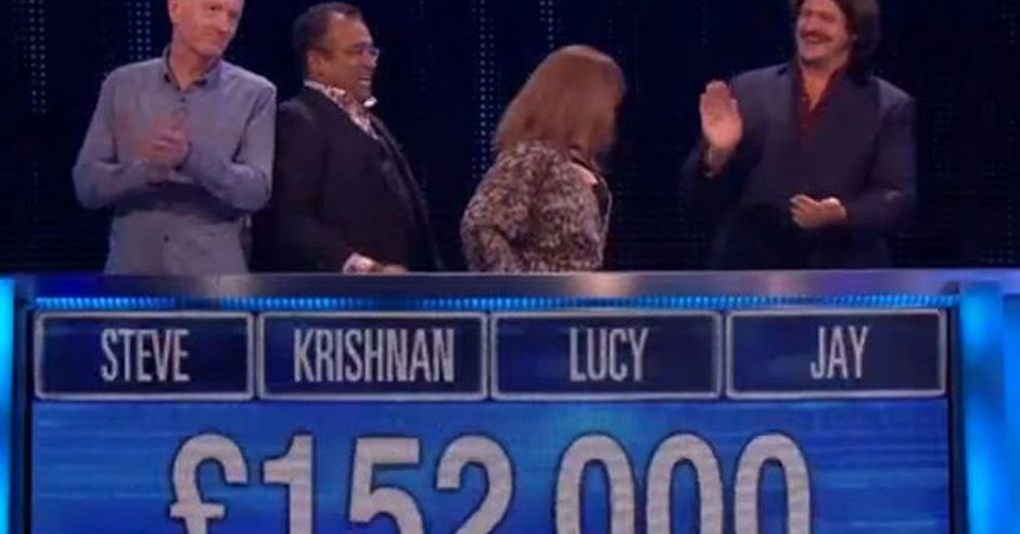 Celebrities win £152,000 for charity on #TheChase after epic finish. ladbible.com/now/film-and-t…