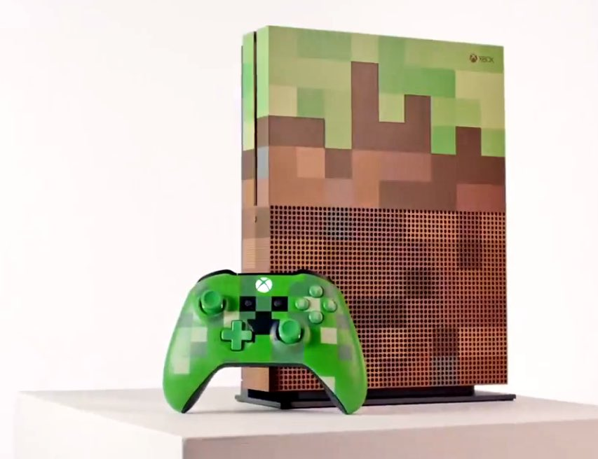 A new bricktacular #XboxOneS .@Minecraft edition is coming this fall! #gaming #gamescom2017 #Gamescom <br>http://pic.twitter.com/8cPk9xwiSE