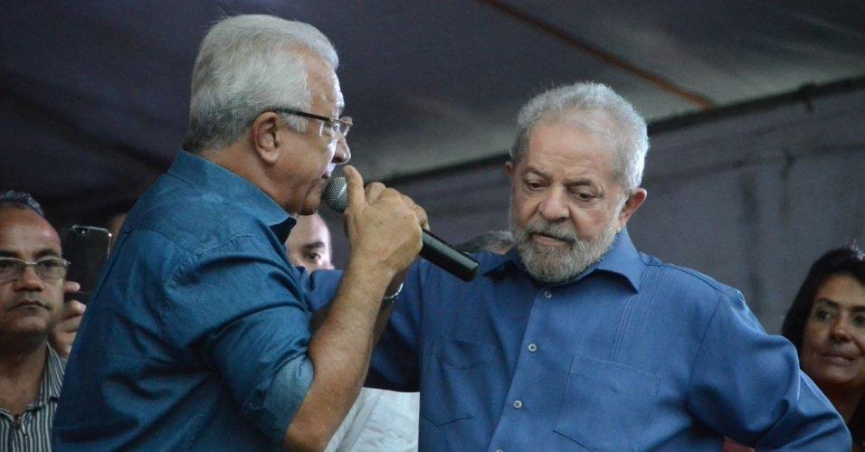 Raro momento na caravana petista: Se a Dilma estivesse aqui, iria reconhecer que teve erro, diz Lula https://t.co/Zl8OIswZIY