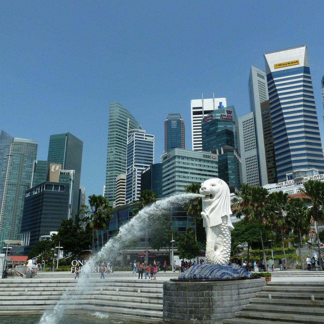 10 Must See Attractions in Singapore  https:// goo.gl/vJQsAQ  &nbsp;   #Singapore  #travel #familytravel #holiday #Vacation #VisitSingapore #ttot<br>http://pic.twitter.com/feOiSIfSfK