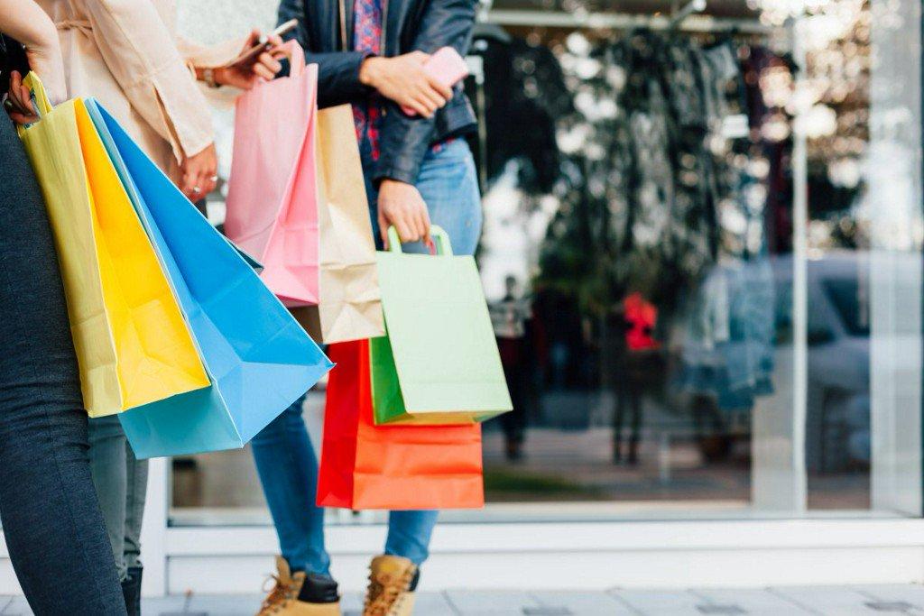 Connecticut tax-free shopping week begins! https://t.co/vKJVoNUsTv