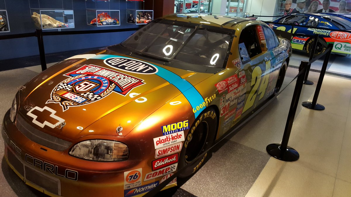 From my @NASCARHall visit a while back! @JeffGordonWeb #24Ever #ForeverTheMan #Gold #Dupont <br>http://pic.twitter.com/fvcOwap18H