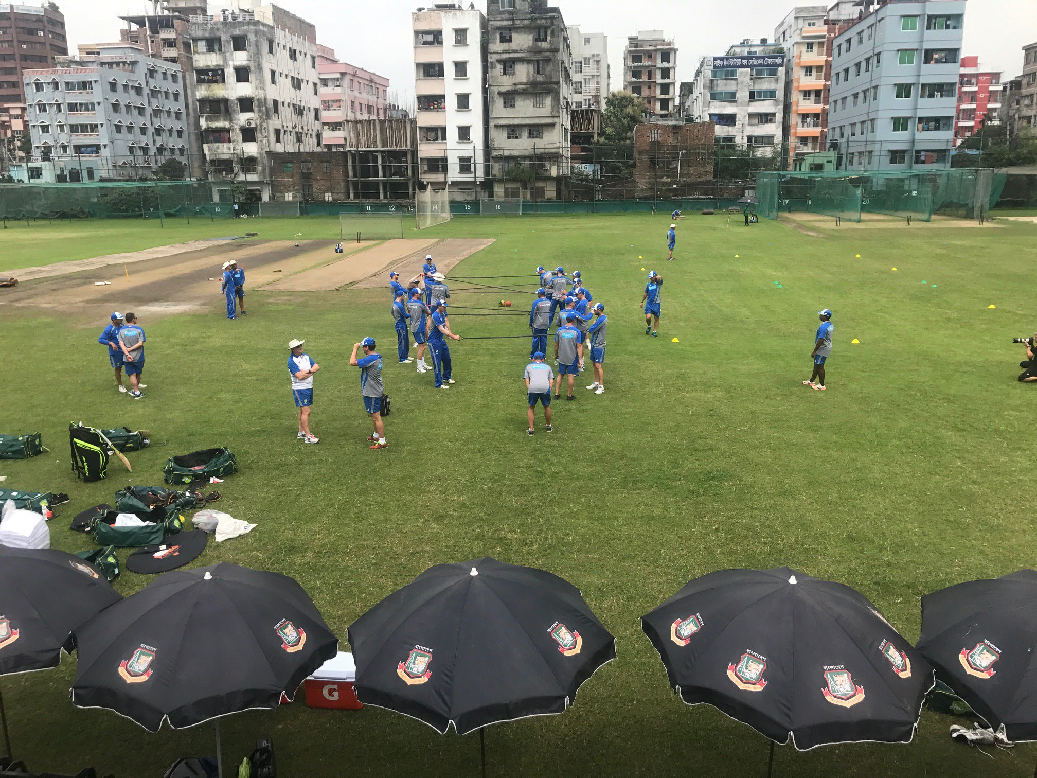 The Aussies are back at it ahead of Sunday's first Test against @BCBtigers #BANvAUS https://t.co/ptn7tAIV9K