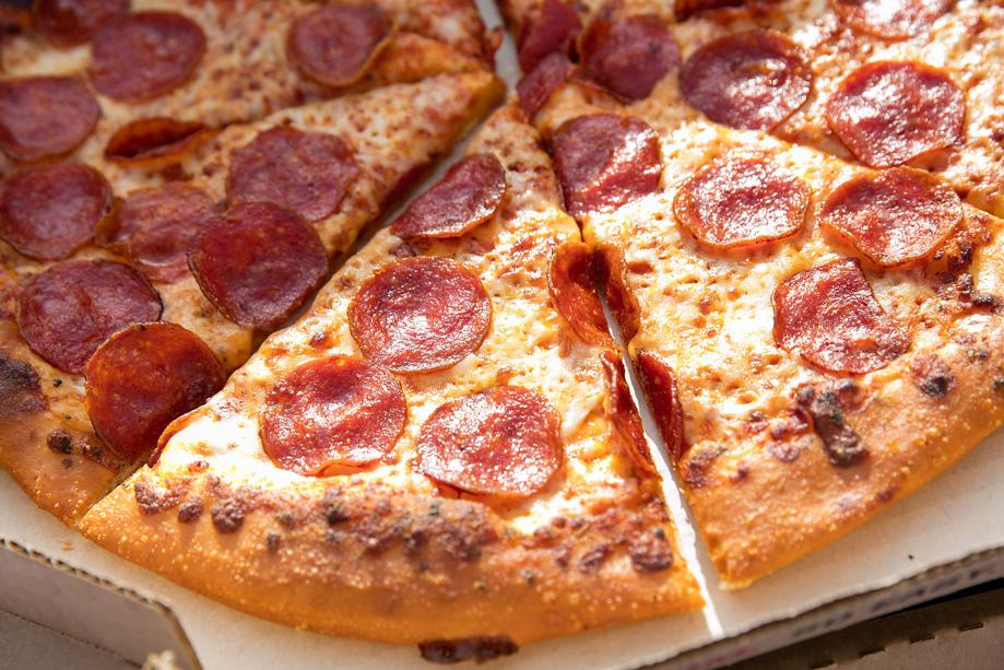 Fake address lures pizza delivery driver into armed robbery https://t.co/sBt8Nw7zRk