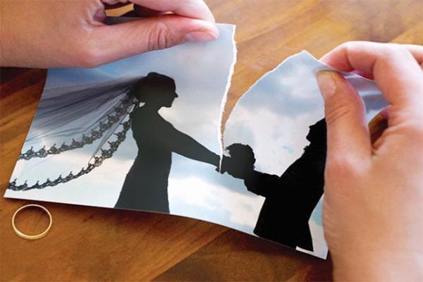 'رأس خروف' يتسبب في أغرب حالة طلاق بالمملكة : https://t.co/XBiQM9pWrb...
