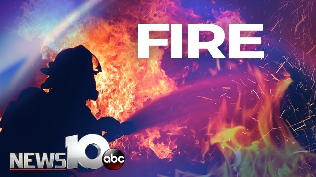 #BREAKING: Fire crews are responding to a working structure fire at 317 1st Street in Albany. @SDiMascioWTEN is on her way to the scene.