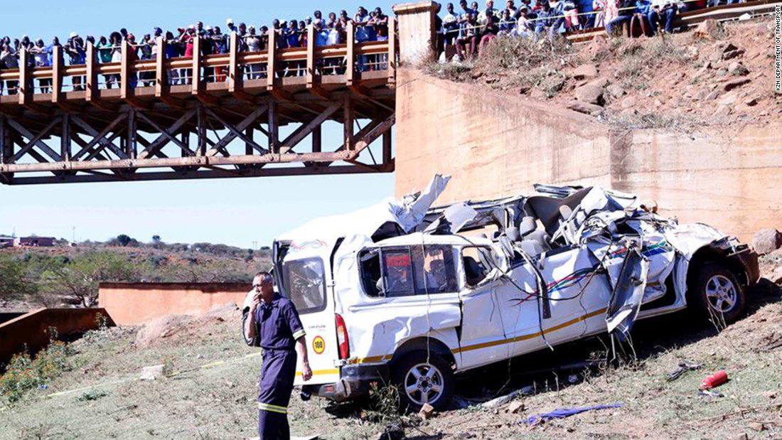 At least 19 killed in minibus crash in South Africa: https://t.co/bOwX9javb4