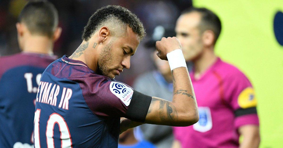 #PrayForBarcelona - #Neymar leads #Ligue1 tributes -  http:// bit.ly/2ikN0HV  &nbsp;  <br>http://pic.twitter.com/sD32d2iXEi
