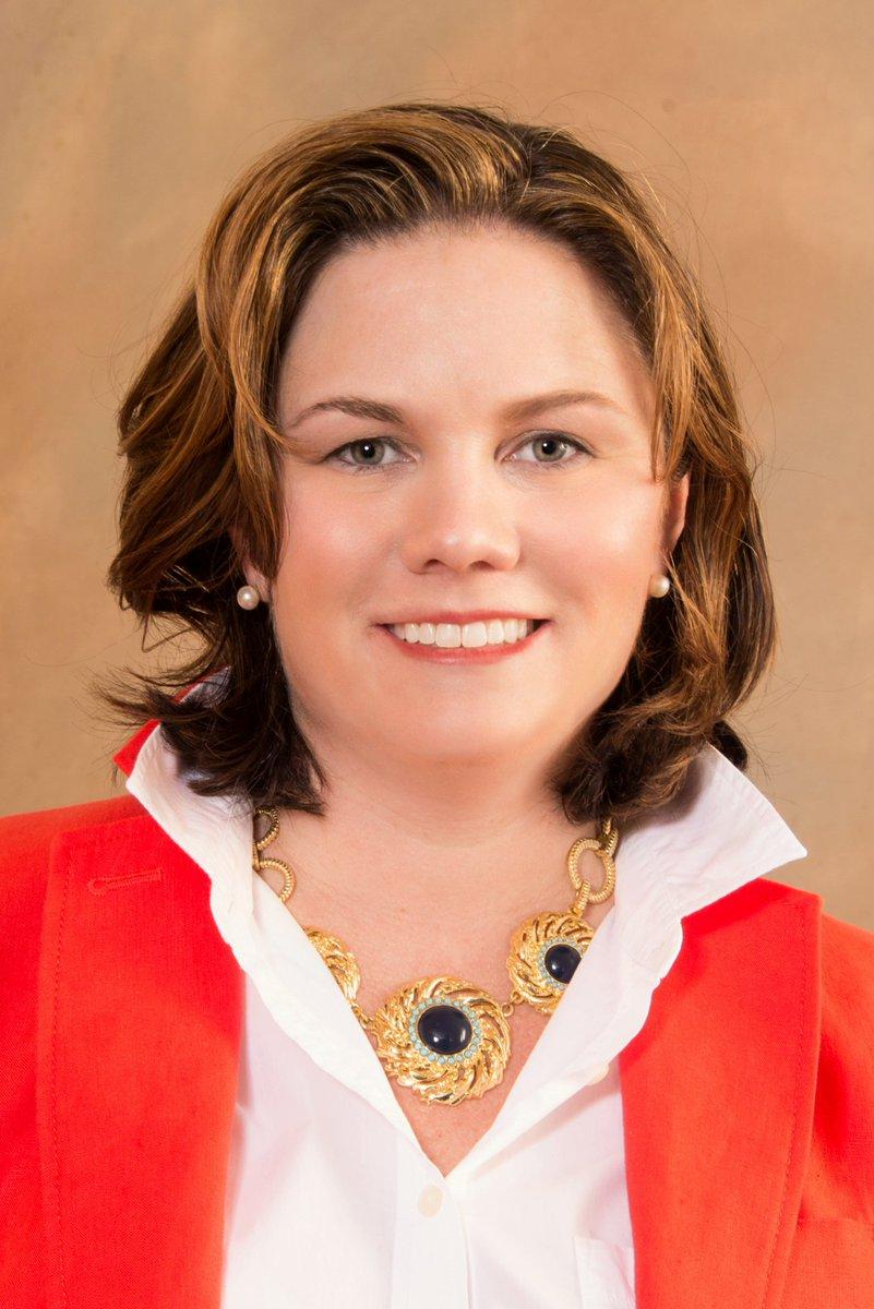 We&#39;re pleased to announce Eileen Coyne&#39;s promotion to Senior PR Manager. Kudos!  http:// bit.ly/2fZmZwS  &nbsp;   @BulldogReporter #PR <br>http://pic.twitter.com/gKb1Ra8DEM