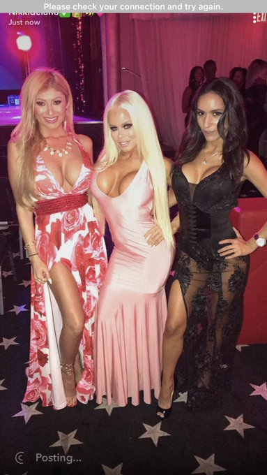 3 pic. Last nights award show festivities with these hotties @THEMiaIsabella @RomeoManciniXXX @lisadaniels3