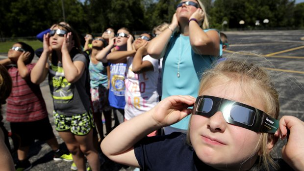 Solar eclipse: Catch a glimpse at one of these Toronto viewing parties https://t.co/VUbg2mqXYW