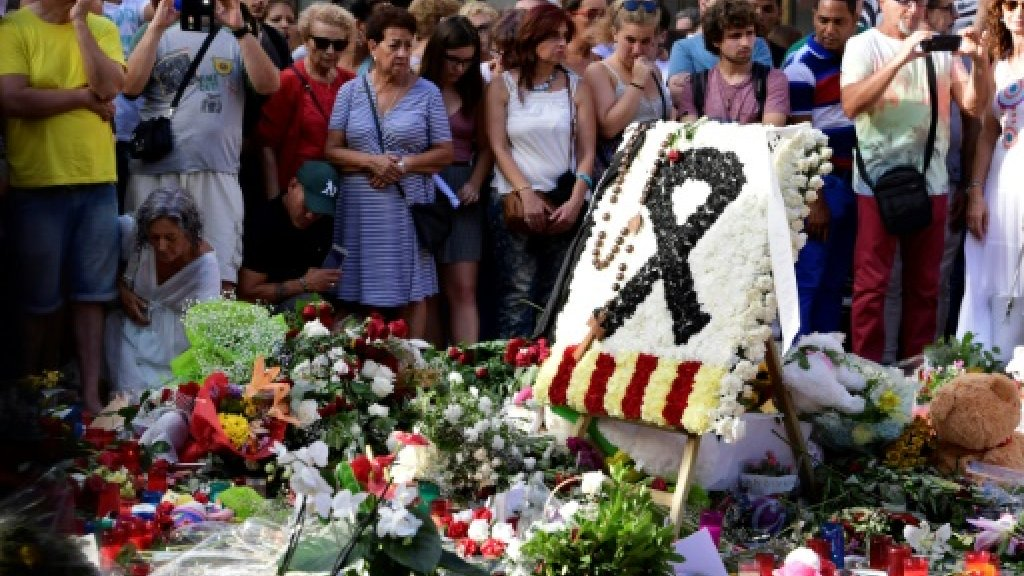 Separatist tensions endure in Spain after deadly attacks https://t.co/...