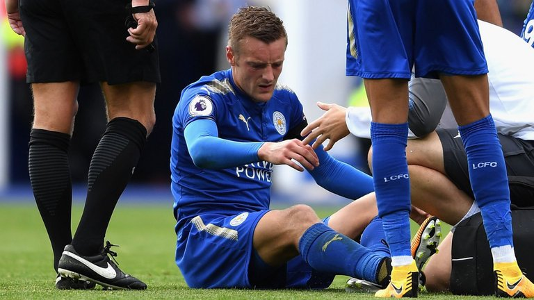 BREAKING: Leicester striker Jamie Vardy fit for Tuesday's Carabao Cup...
