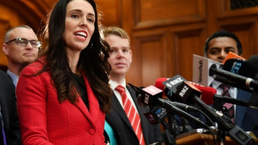 New Zealand PM 'worried' as opposition support surges https://t.co/nUE...