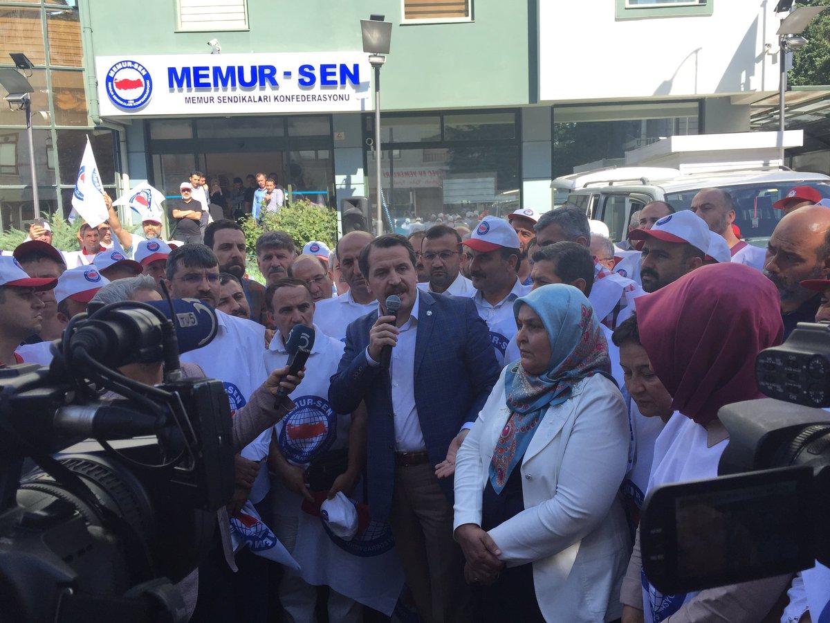 Genel Başkanımız @_aliyalcin_ genel merkezimizin önünde açıklamalarda...