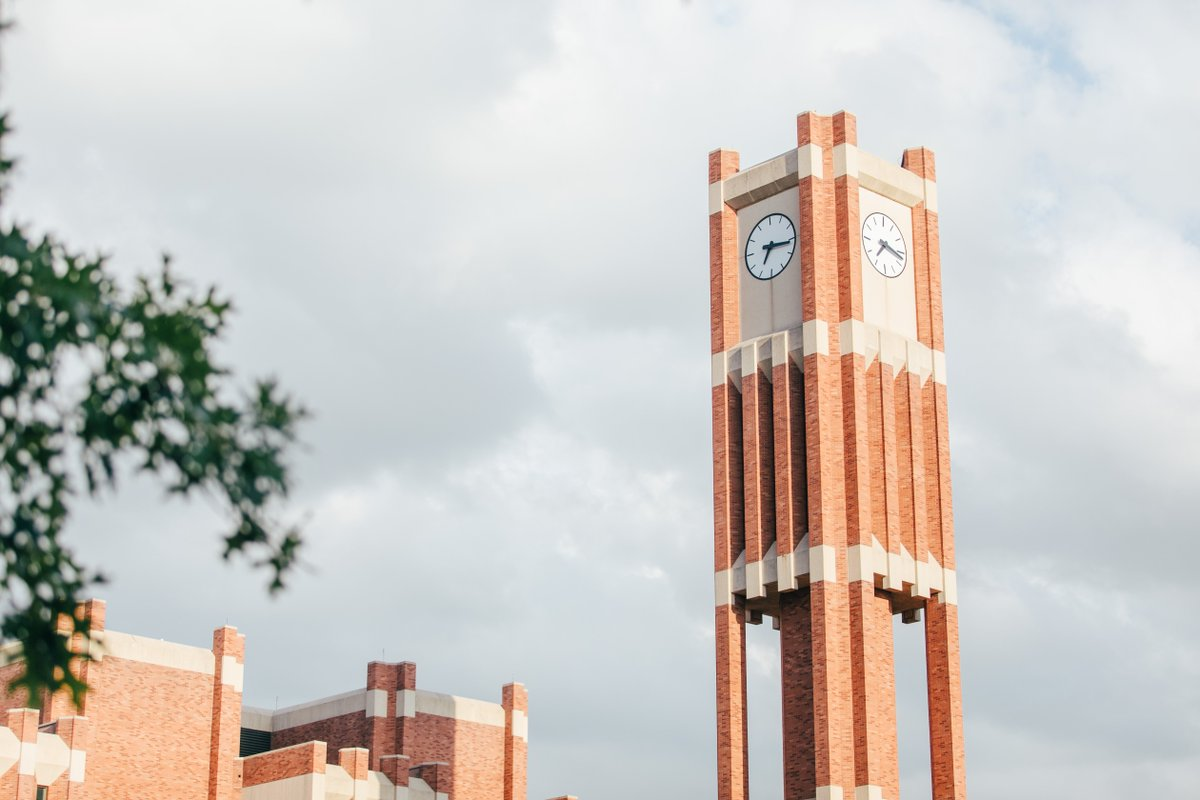 Happy first day of classes, #Sooners! #LoveOU https://t.co/flGS6fgLW9