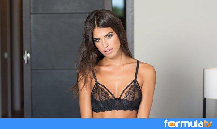 Formulatv On Twitter Sofía Suescun Gh16 Se Desnuda En Su