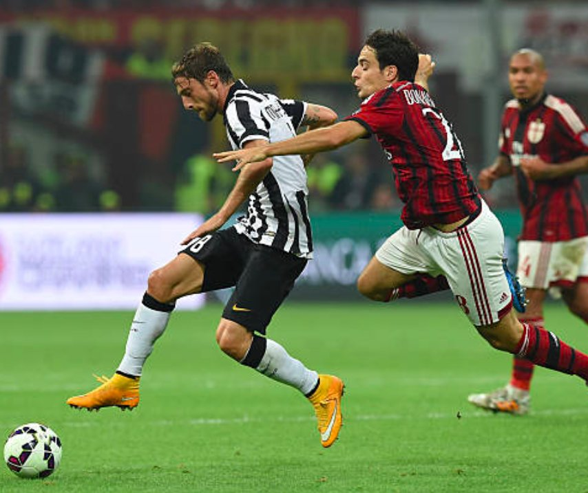 #Juventus have reportedly asked for #Bonaventura or #Locatelli in the #Marchisio deal. (via calciomercato)<br>http://pic.twitter.com/74XYGeq3yv
