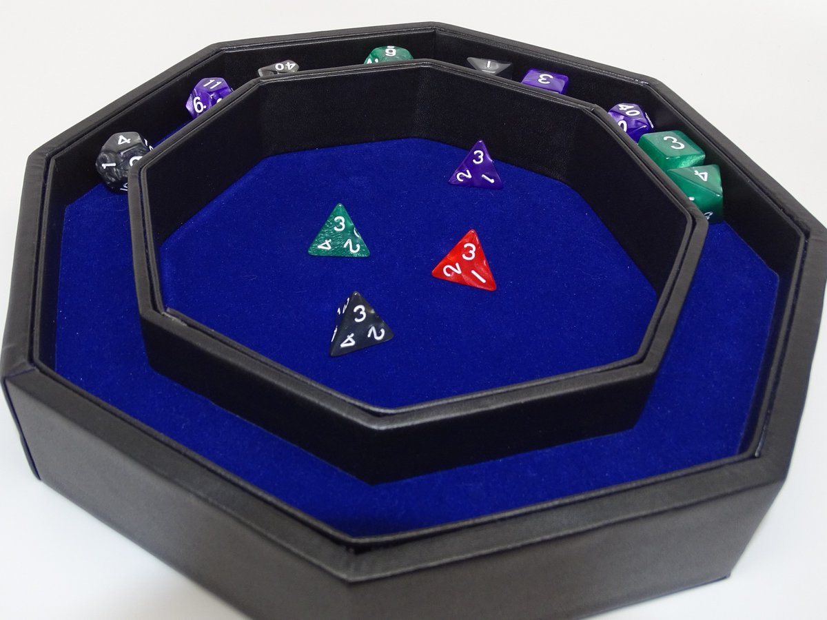 1 backer away from going over $12,000 and unlocking a new dice tray style!   https://www. kickstarter.com/projects/easyr ollerdice/octagon-dice-tray-with-dice-staging-area-and-lid &nbsp; …  #dice #rpg #dnd<br>http://pic.twitter.com/8ufYu5cWvZ
