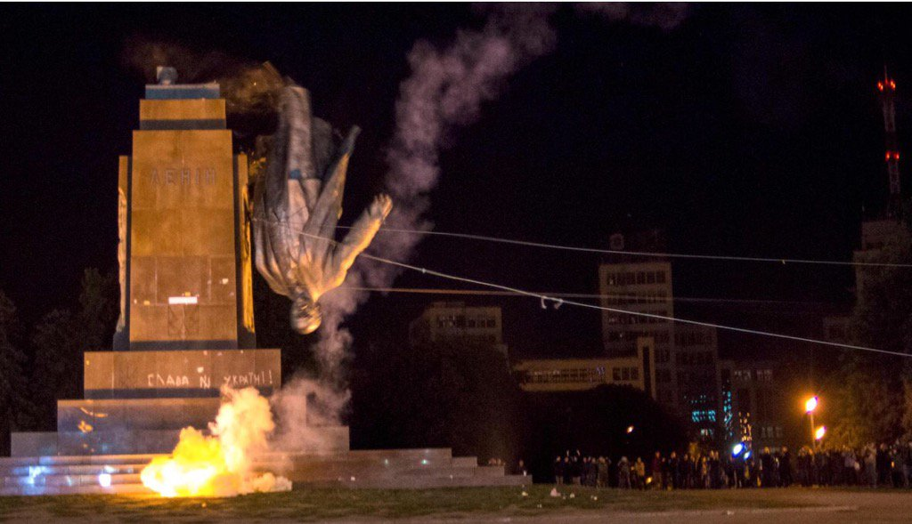 None of the 1.320 Lenin statues left in Ukraine. Lots of scrap metal available for better use.
