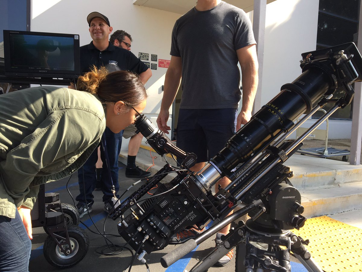 Capturing the #SolarEclipse at #Panavision with the #MillenniumDXL https://t.co/aMuK8e63Ka
